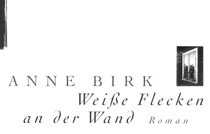 Anne-Birk-Weisse-Flecken-an-der-Wand